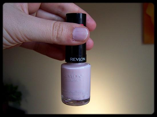 020 Pale Cashmere -  Revlon