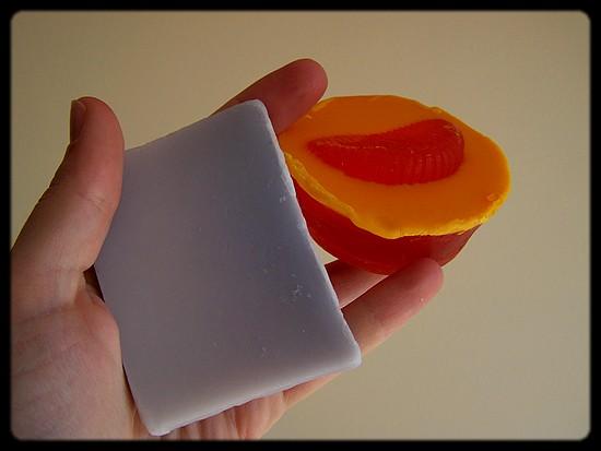 Savon  figue cassis et tartelette mangue papaye